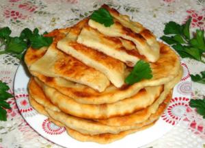 Лепешки из кукурузной муки по-грузински: рецепты приготовления на сковороде