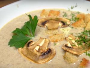 Грибной крем-суп из курицы и шампиньонов