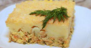 Картофельная запеканка с рыбным фаршем в духовке