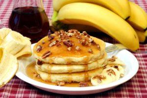 Банановые панкейки на кефире: рецепт с фото