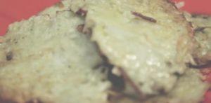 Ароматные драники с картошкой и чесноком