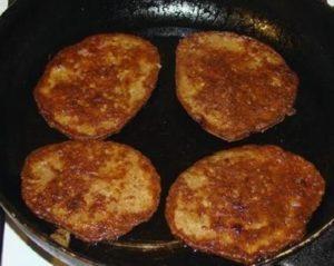 Необычные драники из говяжьей печени: секреты приготовления