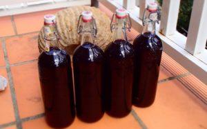 Домашнее вино из ежевики: простой рецепт оригинального напитка