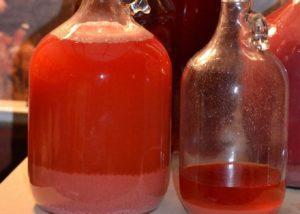 Необыкновенное вино из арбуза в домашних условиях: простой рецепт