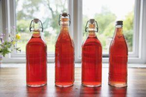 Как приготовить домашнее вино из боярышника: пошаговый рецепт