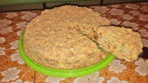 Торт Наполеон из печенья ушки без выпечки: быстрый рецепт