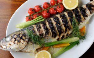 Диетический шашлык, или рыба на шампурах